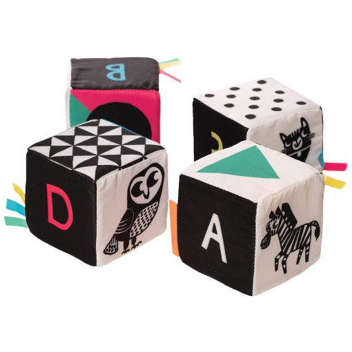 Set of 4 mind cubes for learning