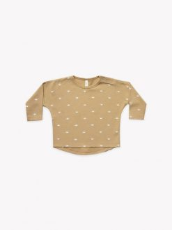 Quincy Mae Longsleeve Baby Tee in Honey
