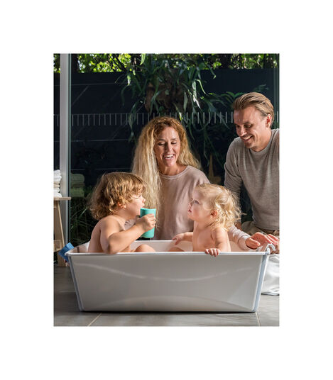 Baby bathtub to fit two children or twins