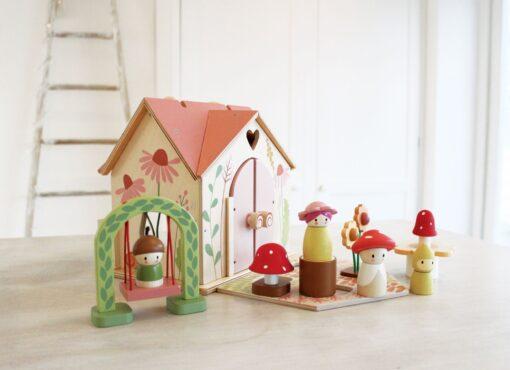 Tender Leaf Toys Rosewood Cottage from Tender Leaf Toys