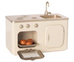 Maileg Vintage Miniature Kitchen
